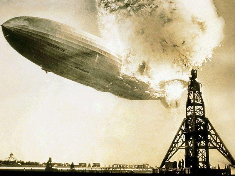 Hindenburg_dirigible